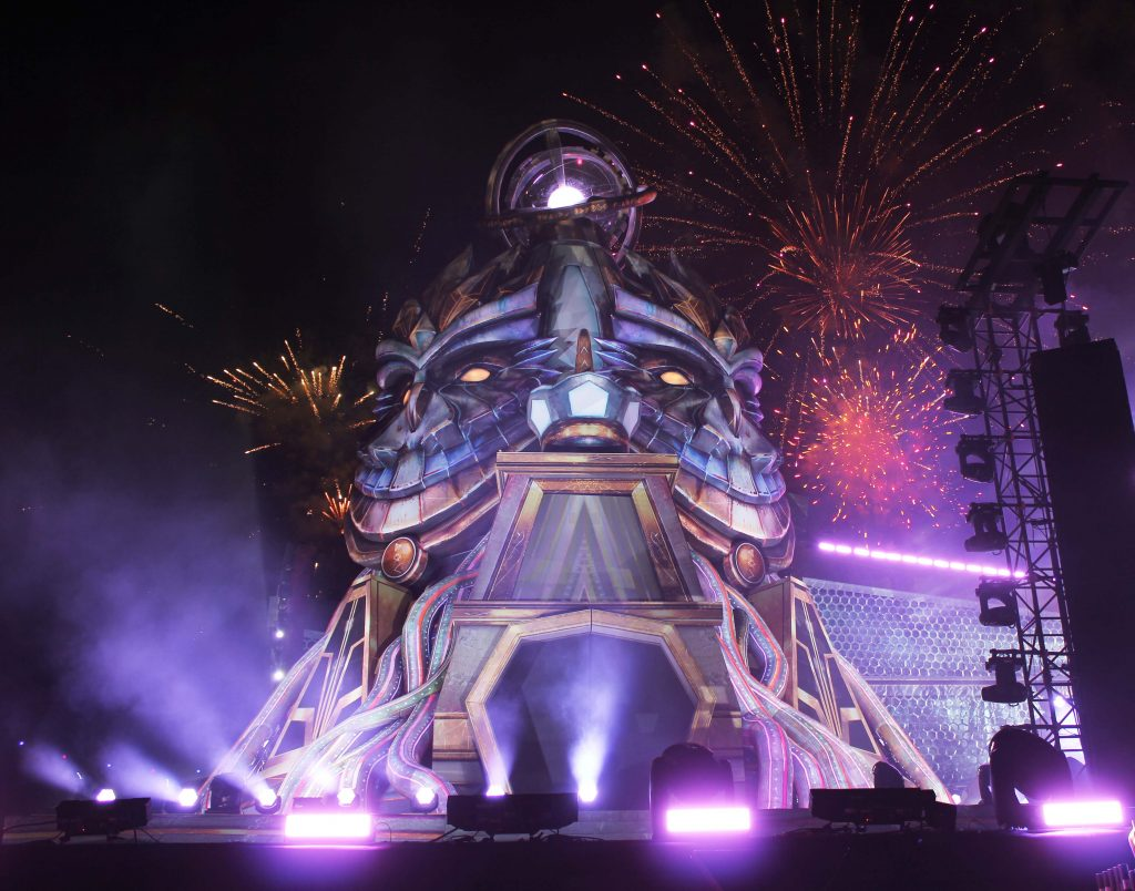 Electric Daisy Carnival (EDC) 2016 giant inflatable owl temples on mainstage