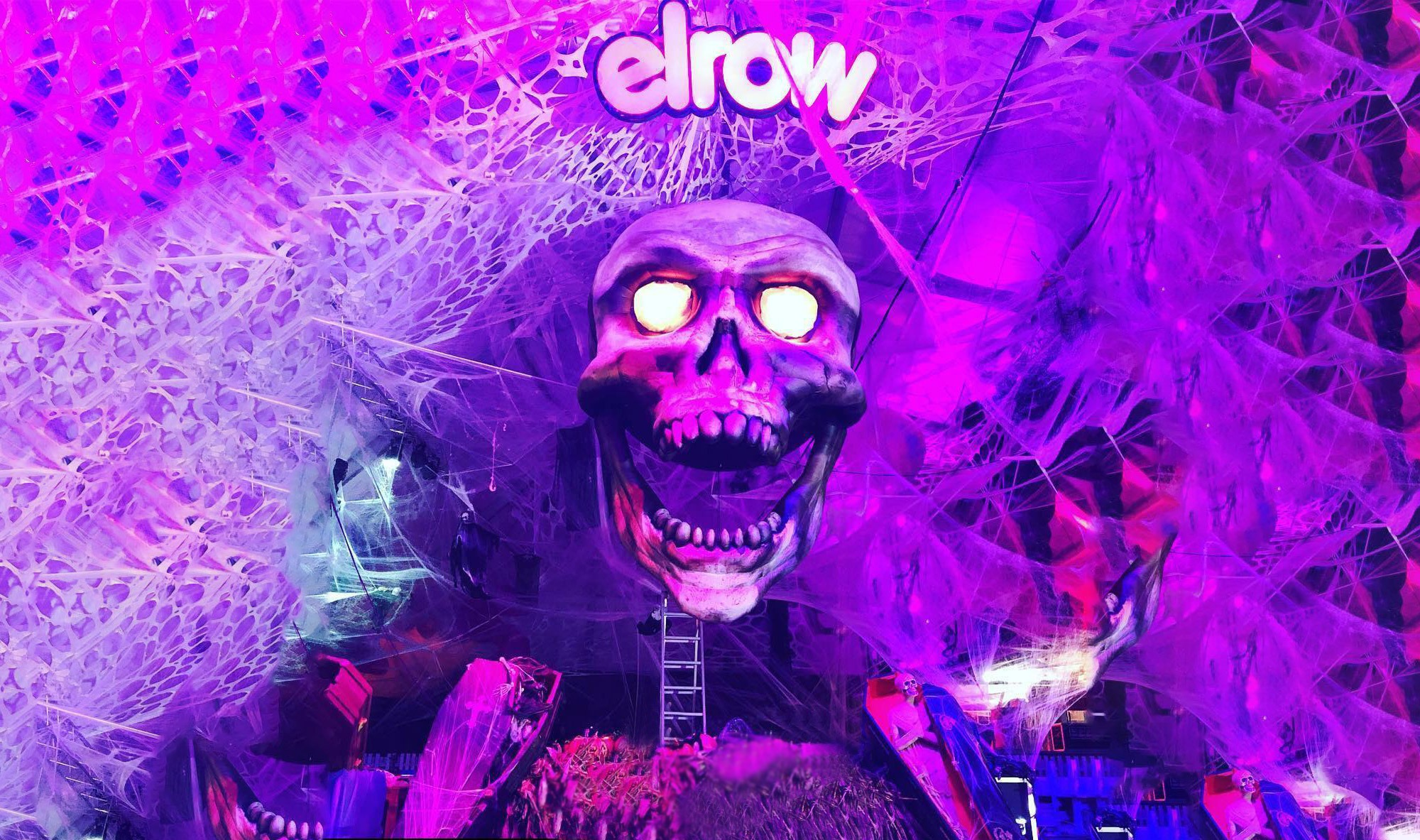 Elrow Horroween 2018 inflatable giant skull live event